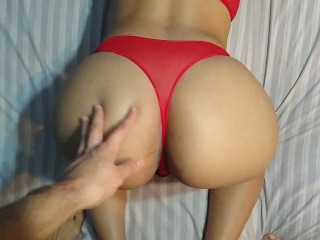 SHE GIVES ME A BLOWJOB AND EATS MY CUM
