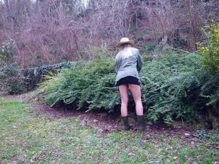 Fetish/fucked wants her ass gardener