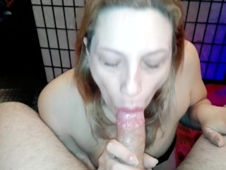 Today my boss asked for a titjob, so I made him cum with my boobs (Italian)