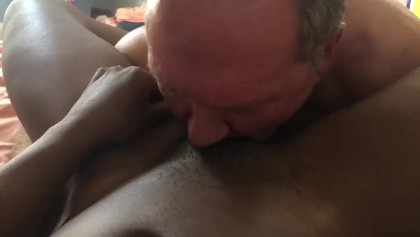 black old man eating pussy