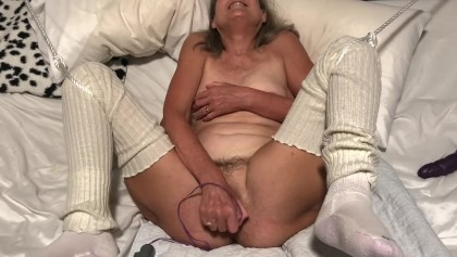 50 year old amateur chubby women masturbating