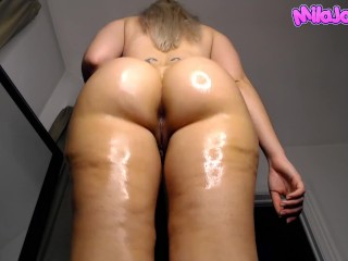 The Adult Video Experience Presents Oiled up PAWG Twerks for You