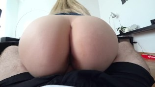 Young girl hot fucked through jeans