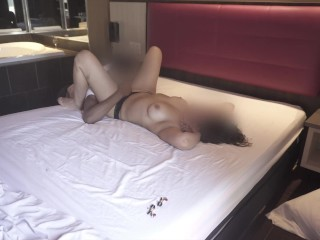 MILF GET FUCK BY YOUNG BLACK MAN