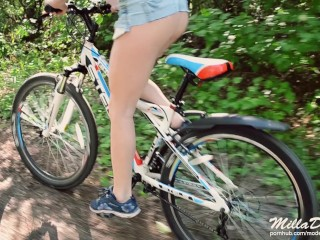 Bike ride with step sister ended with blowjob - Sex in nature