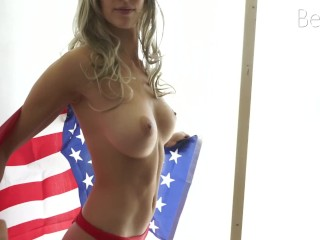 Fit young babe celebrates Independence Day with passionate fucking