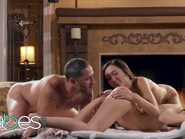 Babes- Petite Teens Kimmy Granger and Jaye Summers Share Cock After Hot Tub