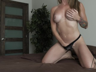 Horny Couple POV Morning Sex at home with Cumshot - Amateur Lipsed