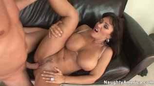 naughty america - family friend lisa ann hard fucking in the couch