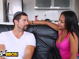 BANGBROS - 21 Year Old Babe With Nice Big Ass Getting Fucked In Colombia