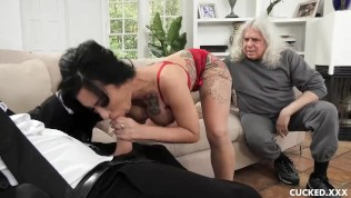 Big Tits Lily Lane Cucks Her Husband By Fucking The Well Endowed Chauffeur