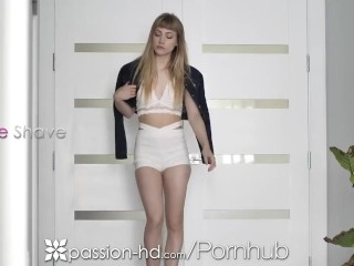 PASSION-HD Round Booty Babe Bends Over For Big Dick