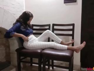 Real Indian Teen Masturbating Fingering Her Tight Pussy