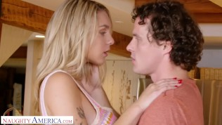 naughty america - katie hunt (gabbie) gives it to her brothers friend