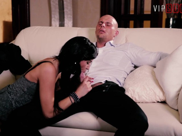Vipsexvault - Hot Wife Cheats and Fucks His Best Friend