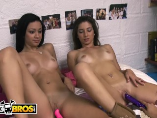 BANGBROS – Hot Lesbian Babes Buy Dildos And Vibrators At Sex Shop