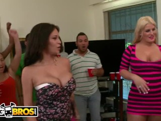 BANGBROS - 5 Sexy Pornstars Invade College Shindig And Bring Down The House