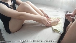 Feet on face Handjob and huge cumshot on toes