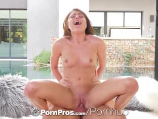 Pornpros Step Sis Surprises Big Dick Step Bro With Sex