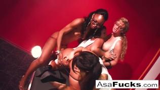 Hot Asa Four girl orgy