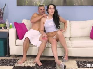 Black Hair Babe Masturbate With Hitachi Before Hardcore Live Sex