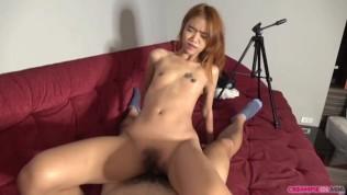 คลิปโป๊ คลิปหลุด XXX  Japan dude fucks tiny Thai girl