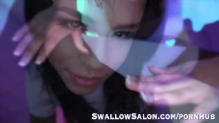 Hot Latina Autumn Falls Gives Client Amazing Experience at Swallow Salon