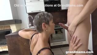 Image Yaşlı kadını anal siken genç adam