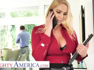 Naughty America Vanessa Cage Realtor Destroyes