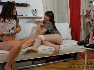 hot lesbians quick fuck each other squirt at the same time - cam4