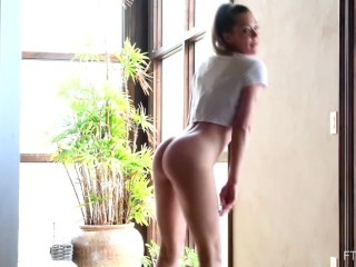 avery butt dancing pussy fingering and masturbating on ftv