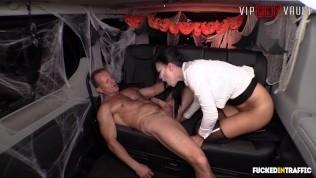 VIPSEXVAULT - Jasmine Jae Gets All Kinky On Halloween Night In a Czech Taxi