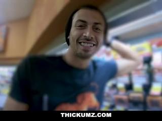 Thickumz- Big Ass Latina Supermarket Vlog Turns Into Fuck Date