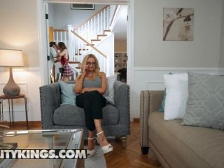 Reality Kings - Blonde milf Briana Banks teaches Danni Rivers and her bf