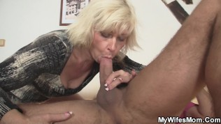 girlfriends hot blonde milf gets fucked from behind