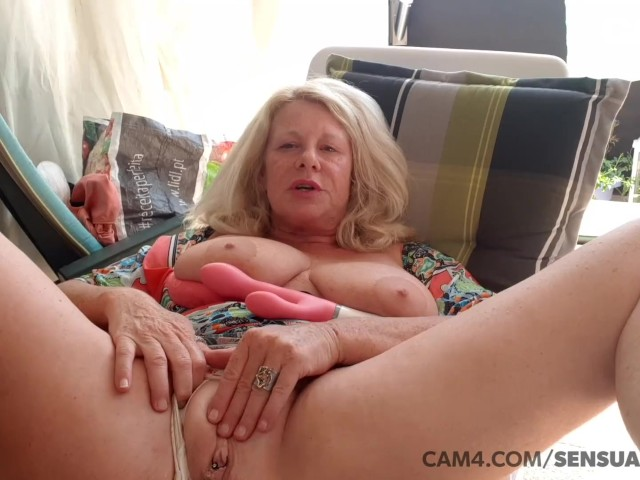 Amateur 40 Year Old Milf