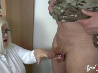 Agedlove Sexologist Helping Soldier