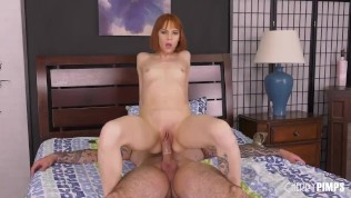 Redhead Babe Gets Her Tight Pussy Stretched Out In Live Show