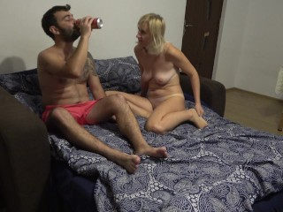 Chubby guy fucks his lady friend and cums on her pretty face !