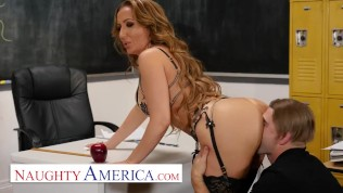 naughty america – richelle ryan plays with her hot college student
