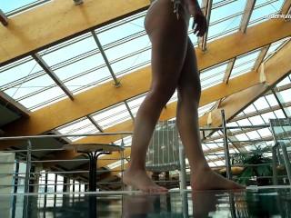 Hottest teen Alla Birtakik in the pool