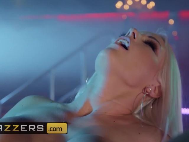 Czech Casting Big Tit Blonde