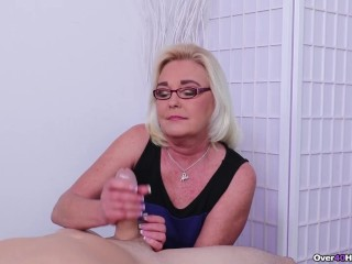 Young/wand/handjob over watches a 40 daughter