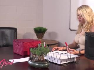 Girl Grind - Office lesbians Katie morgan ,Dahlia Sky sissor at work