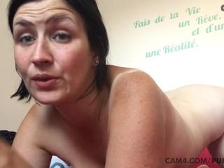 tanned mom gently sucks her huge dildo
