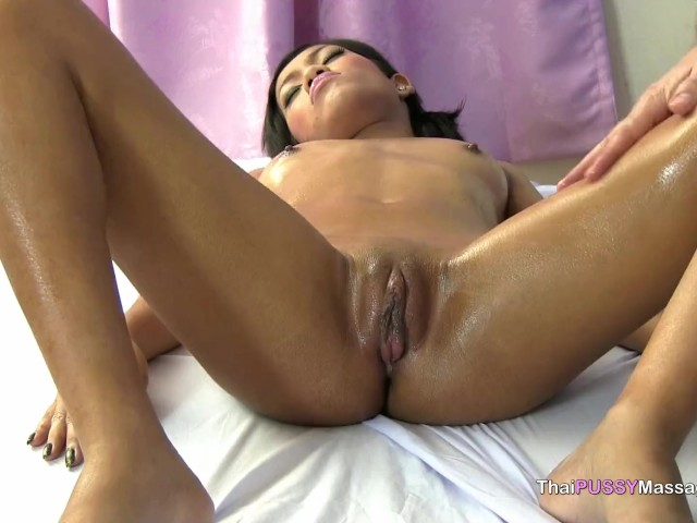 Free video of big clits getting fucked Big Clit Slut Oiled And Fucked Free Porn Videos Youporn