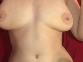 Fucking girl horny mom on sofa until I cum on her titties