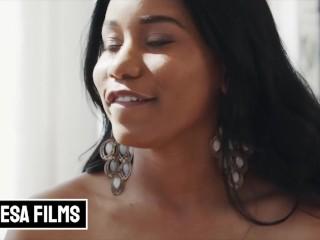 Bellesa - Big tit phat ass ebony Jenna Foxx fucks her inked BF