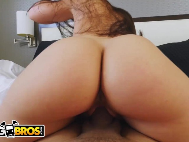 HQ Photo Porno big ass grinding on cock