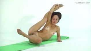 19yo gymnast public nudity ▶